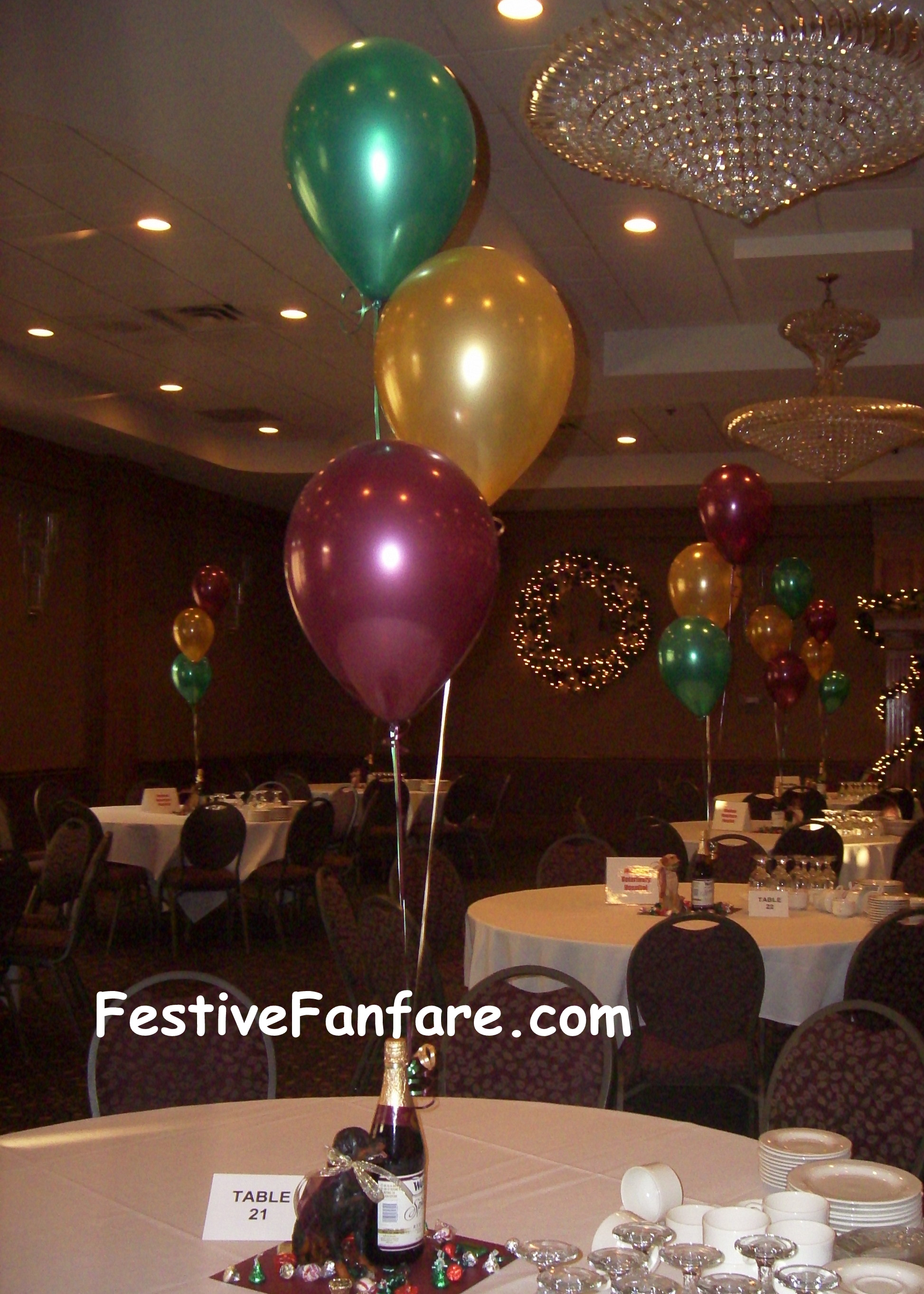 Centerpieces - Mad About Balloons